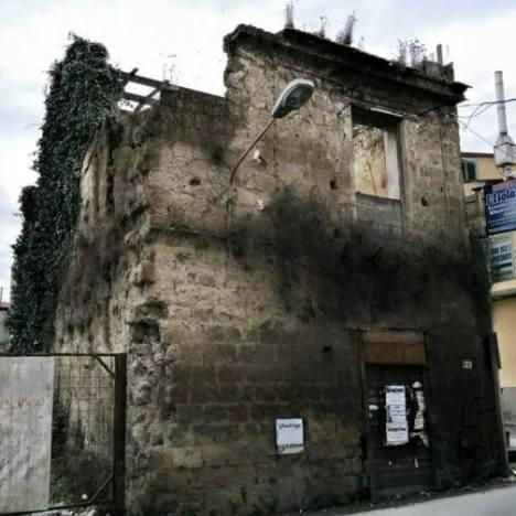 Gricignano – Rudere Corso Umberto