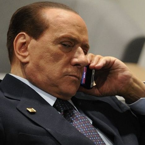 Berlusconi telefono