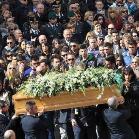Tunisi – funerali vittime