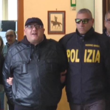 Napoli – Arresti clan Forcella
