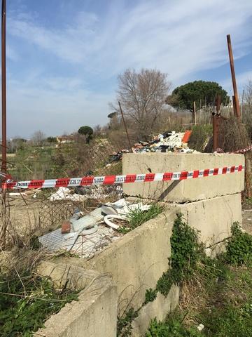 Napoli – discarica Campi Flegrei  (2)