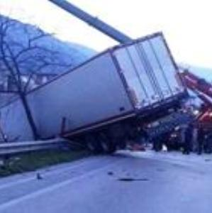 Santa Maria a Vico – camion