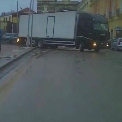 bus asfalto
