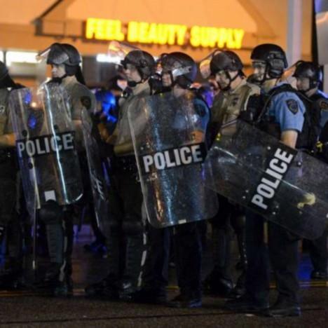 polizia ferguson