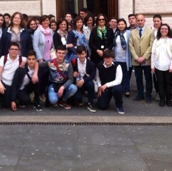 Casapesenna – Scuola al Parlamento
