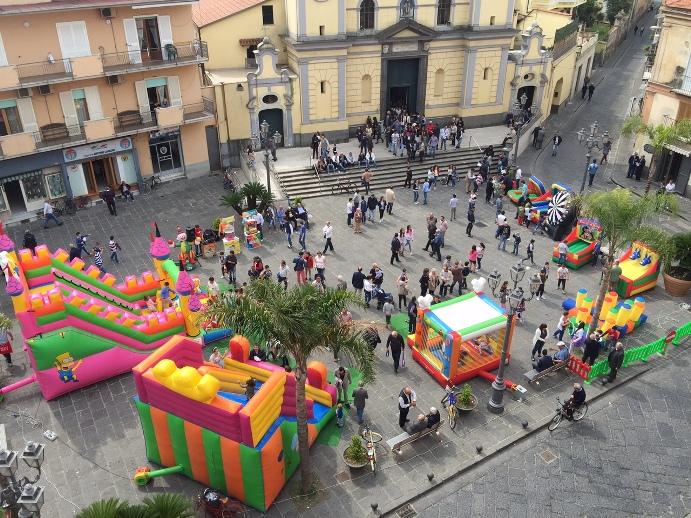 Sant'Arpino - Pulcinellamente anima il centro storico