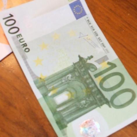 100 euro falsa