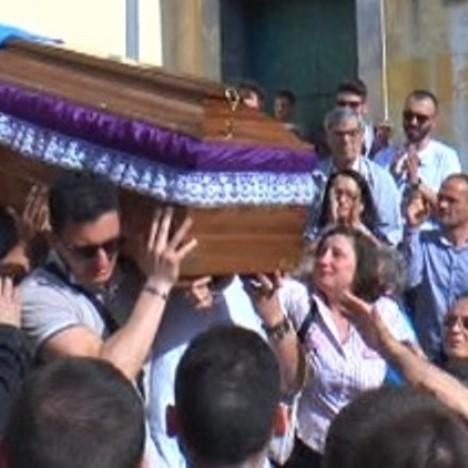 Arzano – Funerali Luigi Cantone