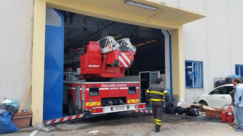 Gricignano – Incendio lavanderia (26.05 (6)