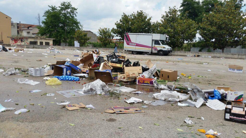 Gricignano – area mercato rifiuti (1)