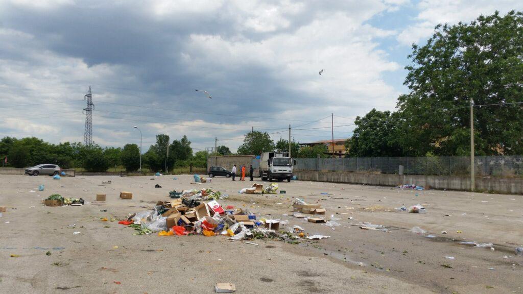 Gricignano – area mercato rifiuti (15)