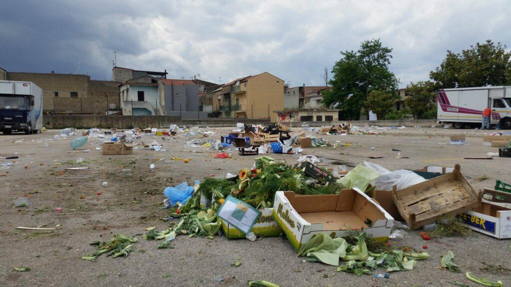 Gricignano – area mercato rifiuti (17)