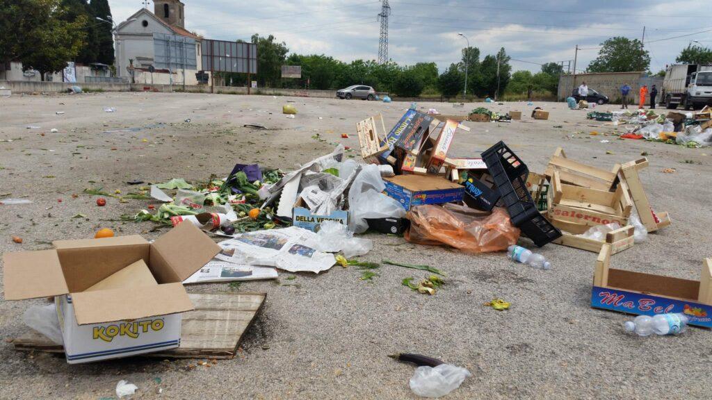 Gricignano – area mercato rifiuti (4)