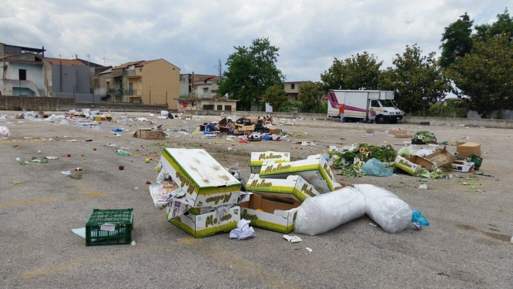 Gricignano – area mercato rifiuti (8)