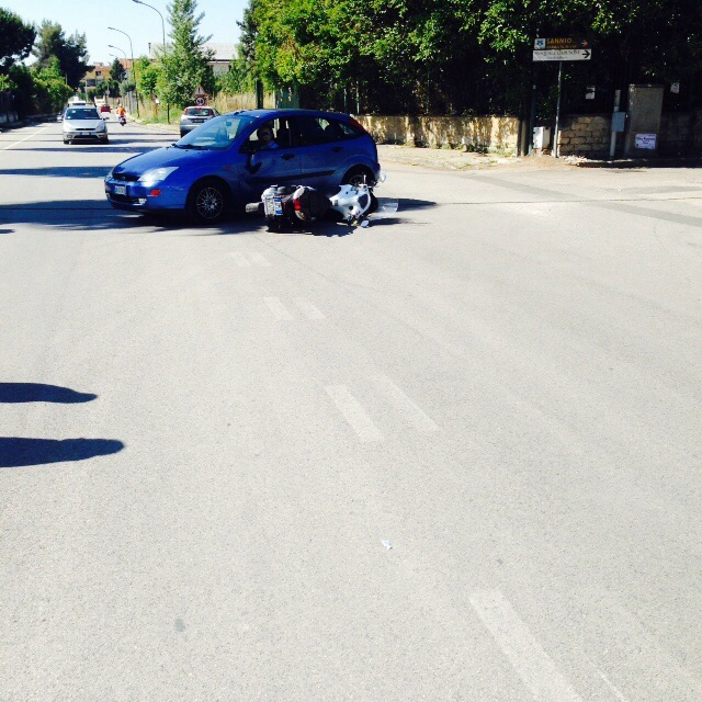Gricignano incidente 29maggio2015 (3)