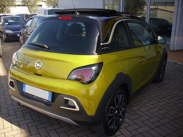 Opel Adam Rocks 2