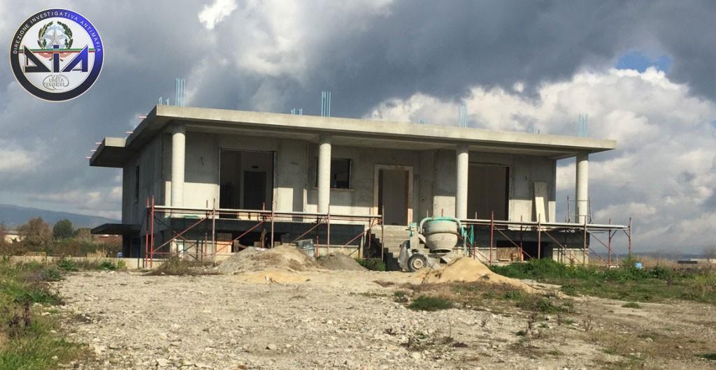 Reggio Calabria – Sequestri Ndrangheta 19mag15 (1)