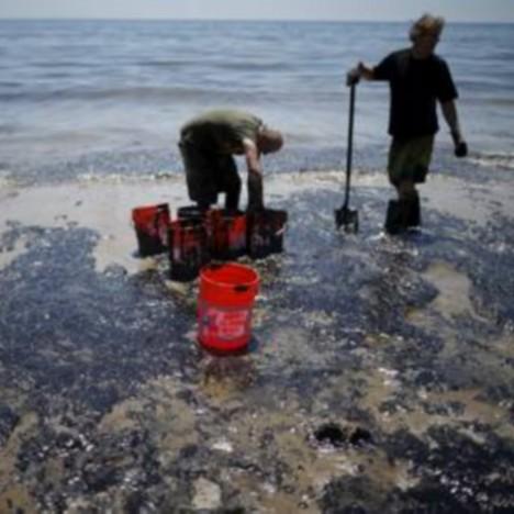 california mare petrolio