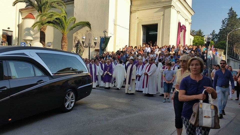 Gricignano – Don Nicola Ronza funerali (4)