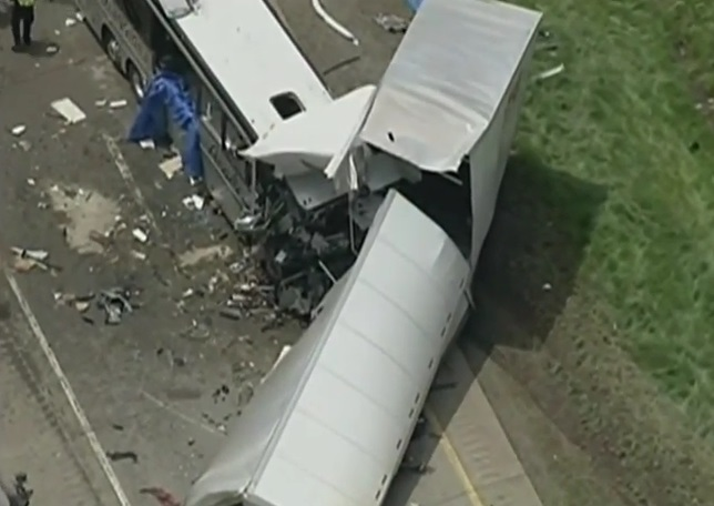 Usa – bus italiano incidente (10)