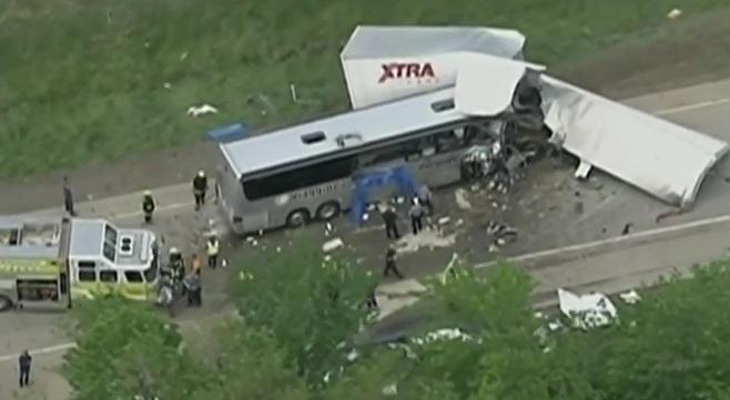 Usa – bus italiano incidente (11)