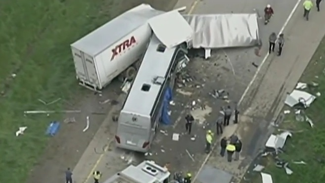 Usa – bus italiano incidente (12)