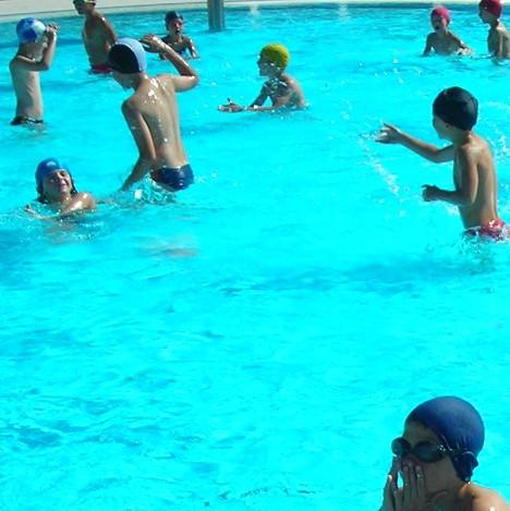 Campo estivo per minori al gloria village - San marcellino piscina ...
