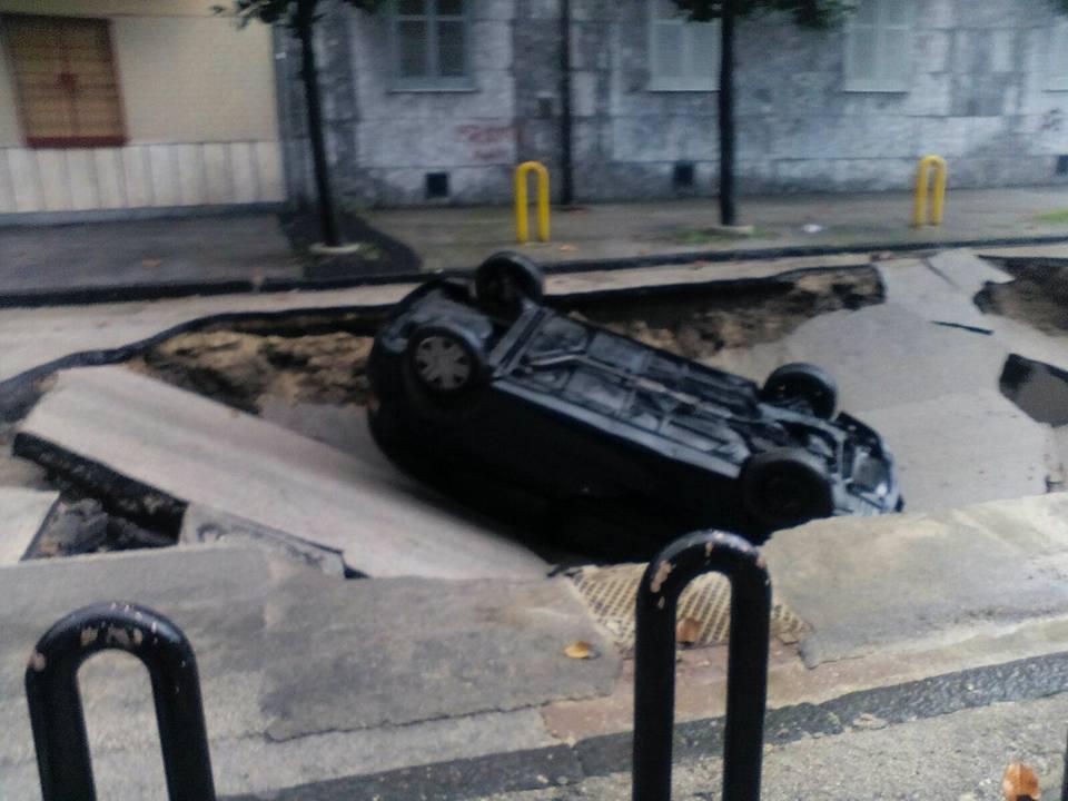 afragola voragine auto (1)