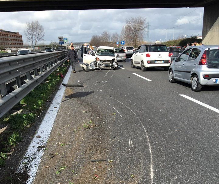 incidente gricignano 25feb16