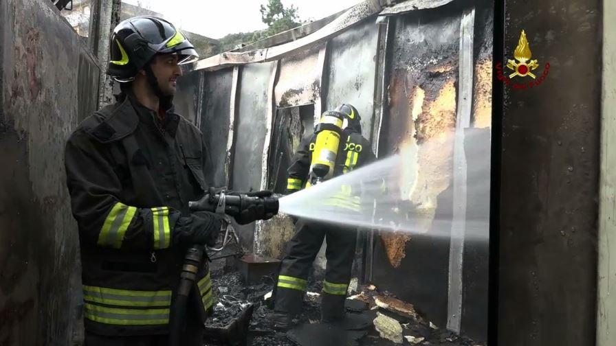 cogoleto incendio tubighisa (4)
