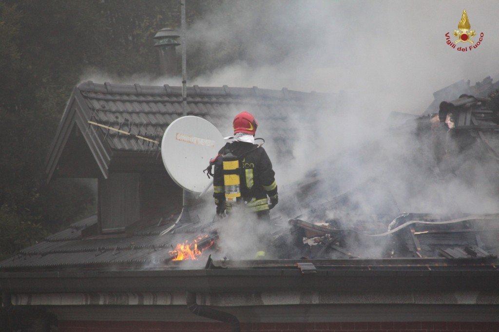 varese incendio villa liberty (12)