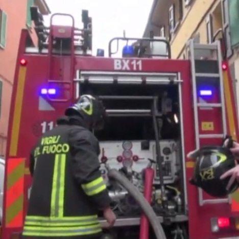 Incendio a pietralata in fiamme tre piani di uffici for Piani di cabina della torre di fuoco