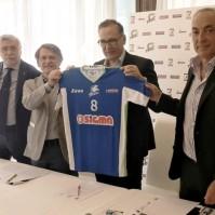 2- Il momento della presentazione della maglia per il campionato 2016-2017 di serie A2 UnipolSai