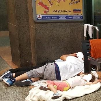 Famiglia stazione Aversa