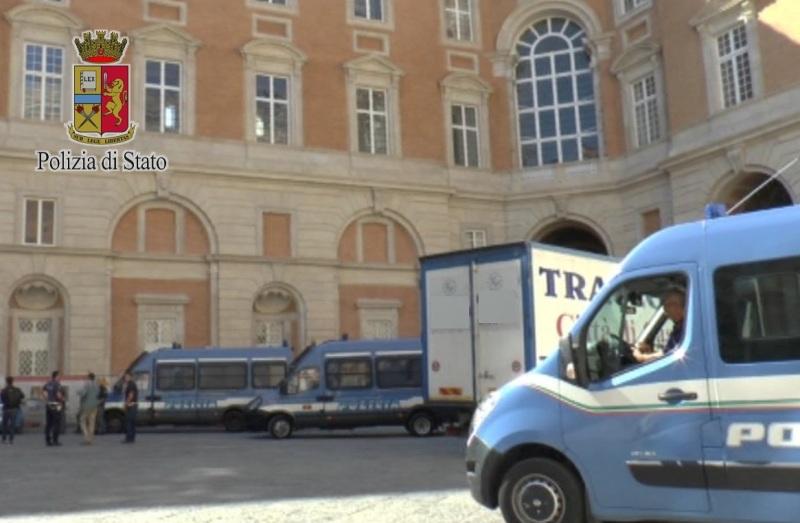 Caserta. Piazza Carlo III - Reggia, al via la cabina di regia