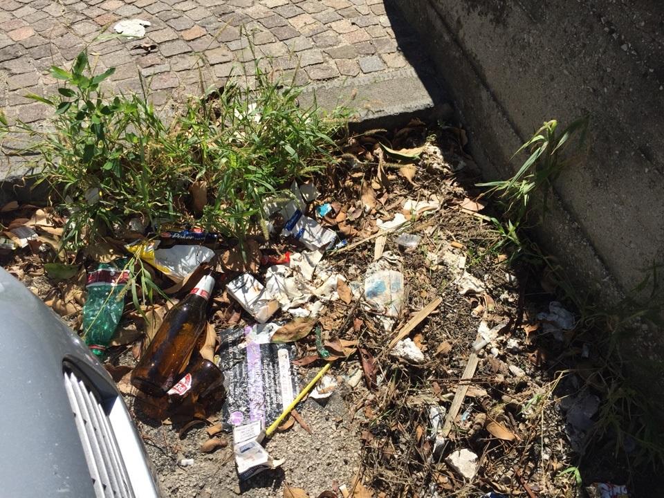 trentola scuola rifiuti (5)