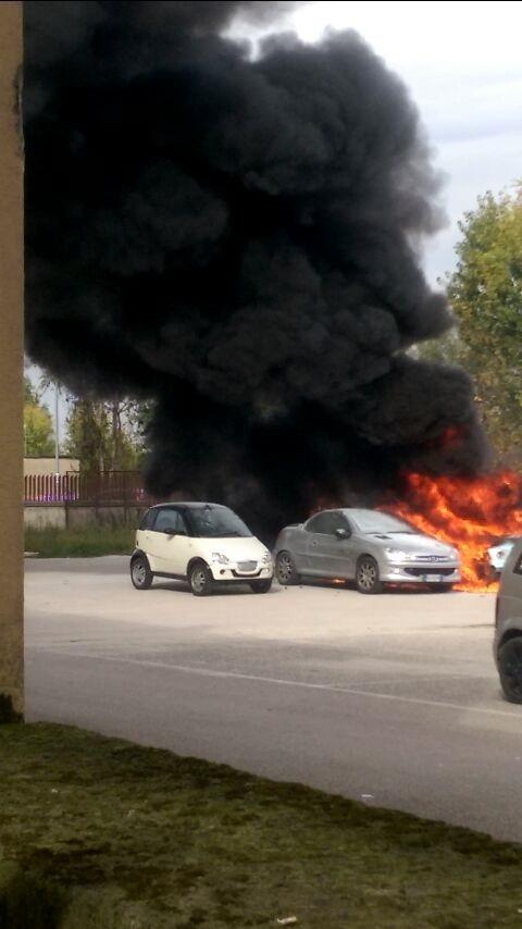 incendio auto (1)