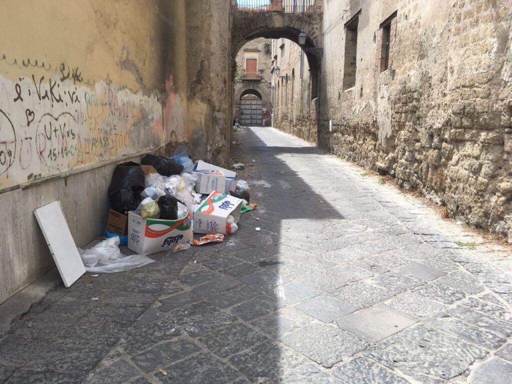 rifiuti avers (1)