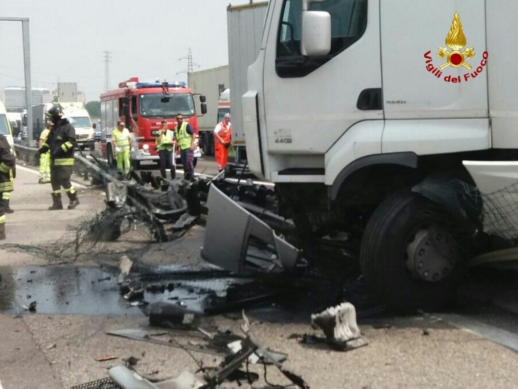 verona camion incidente (1)