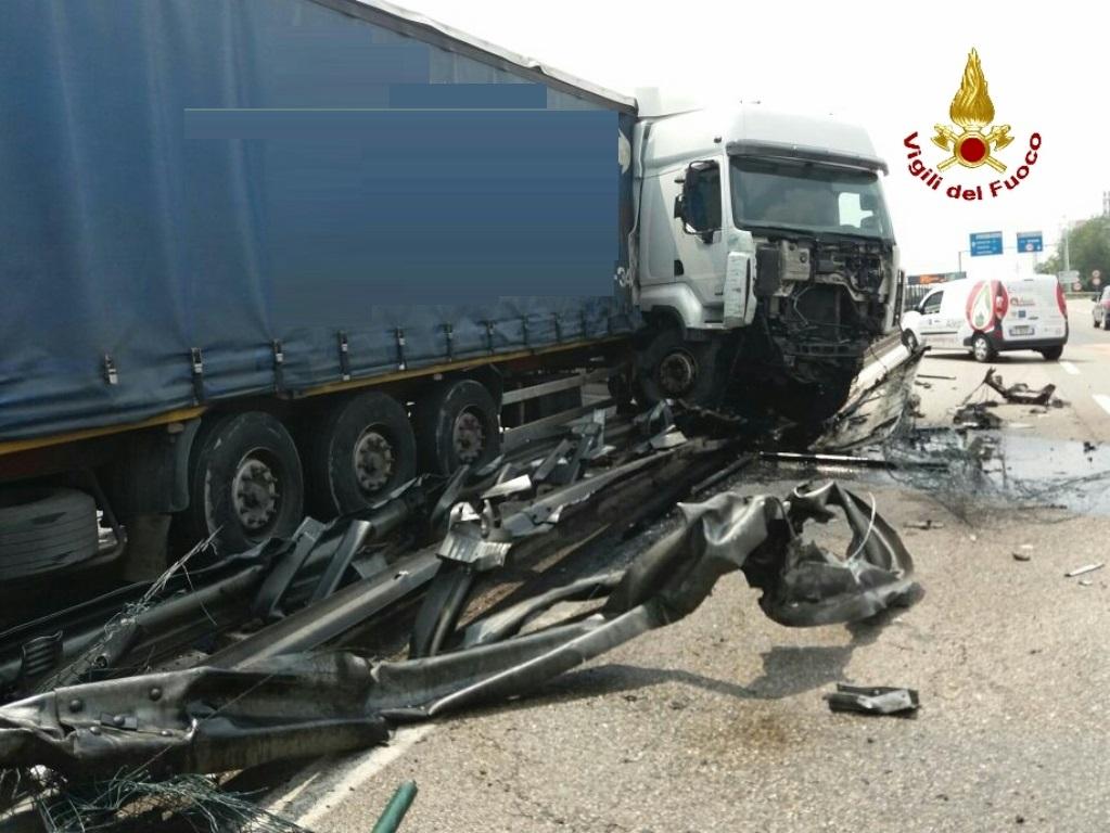 verona camion incidente (2)