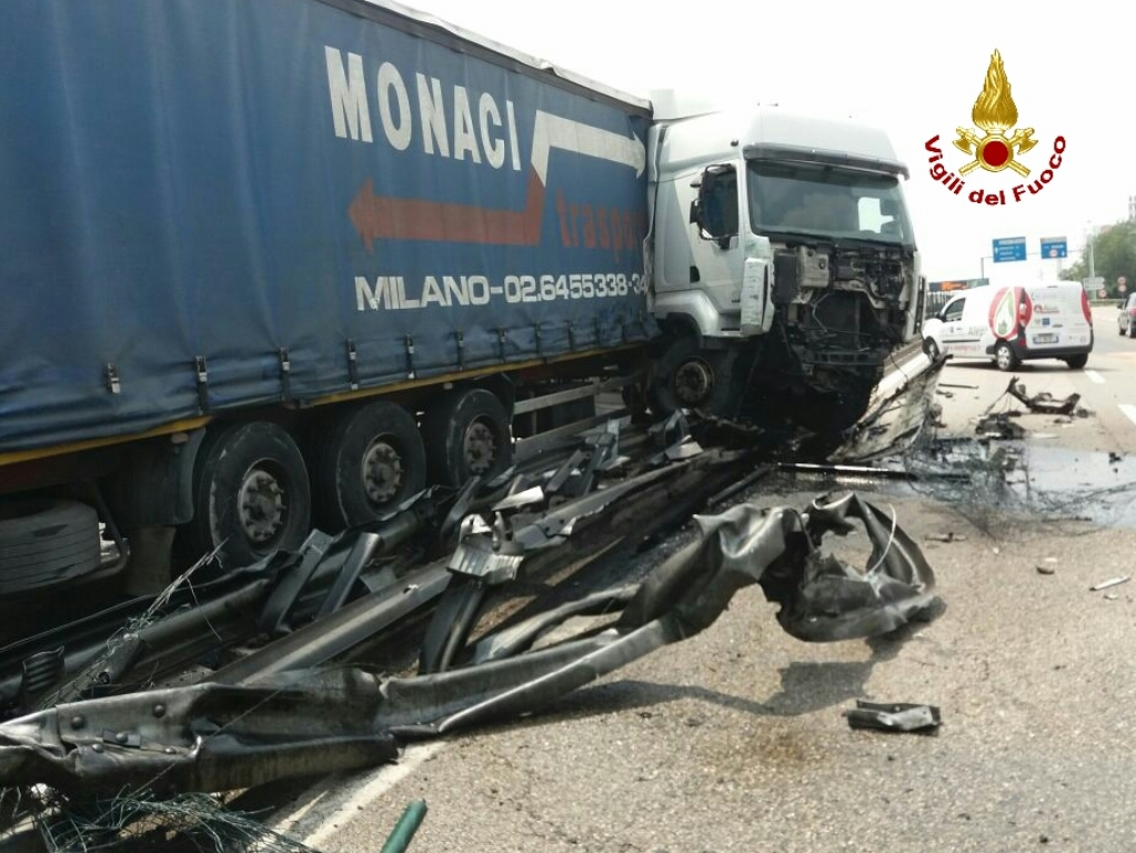 verona camion incidente (2)