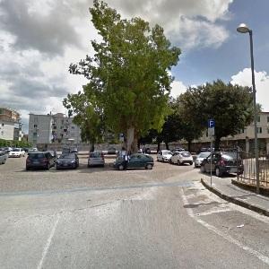 parcheggio parco pozzi