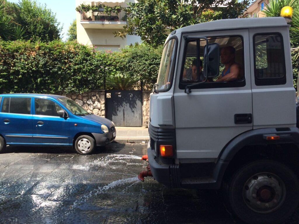 lavaggio strade (2)