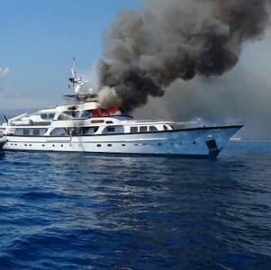 yacht nizza