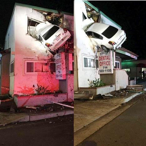 L'auto volante: nell'incidente si incastra al primo piano