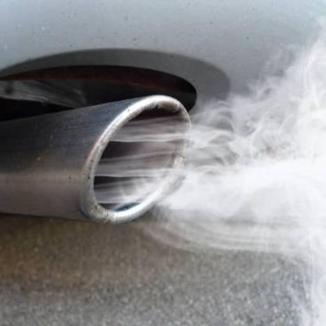 gas scarico auto