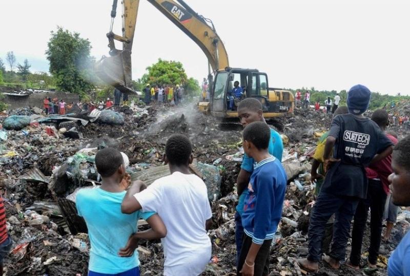 mozambico crollo rifiuti (3)