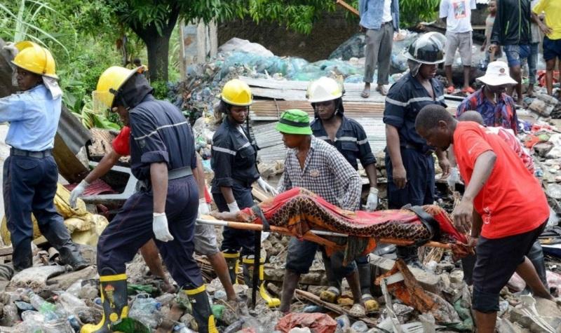 mozambico crollo rifiuti (4)