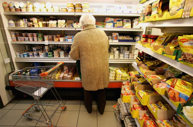 anziana supermercato
