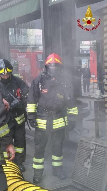 incendio mcdonald milano (3)